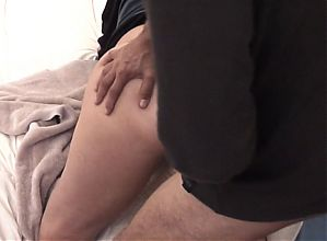 Home-made : Booty milf ex wife's anal gaping